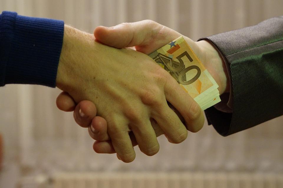 Corruzione - euro